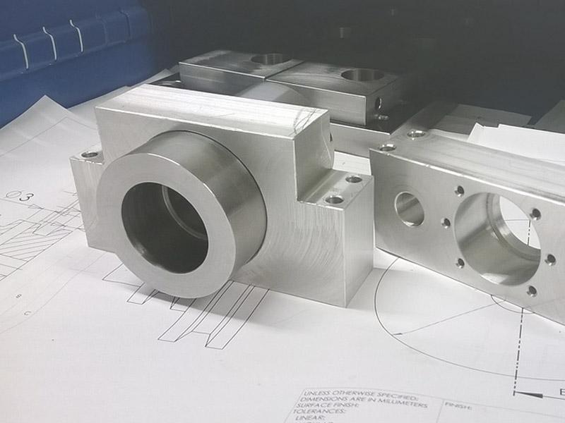 wytwarzanie-komponentow-baner-kolor
